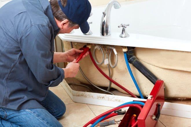 Как сэкономить на ремонте? На материалах, работах, что лучше поручить мастерам?